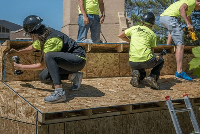DU Students Build a Tiny House